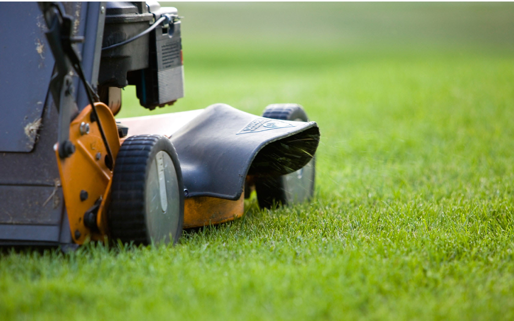 Outdoor power equipment sales and service south dennis for Garden lawn maintenance